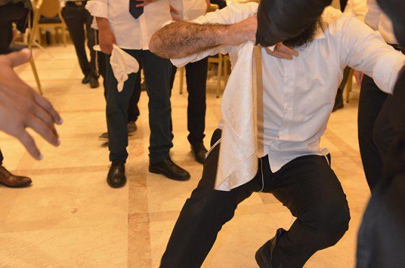 דתיים רוקדים
