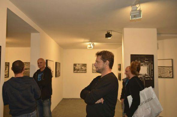 תמונה מהתערוכה במכון לאמנות בתם ים